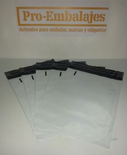 100 Sobres courier 225x310 mm.